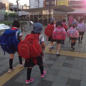 朝6時に福山に到着。初めての夜行バス、眠れたかな?朝ごはんを食べて、いざ大三島へ出発です。